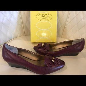 NEW Circa Joan & David Wedge Shoes